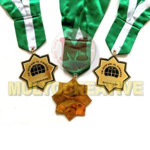 Tempah Medali Wisuda - Medali Kelulusan Desain Custom Bahan Logam Kuningan