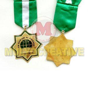 Jualan Medali Wisuda - Medali Kelulusan Desain Custom Bahan Logam Kuningan