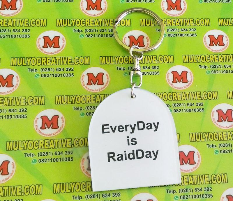 Gantungan Kunci Raid Day