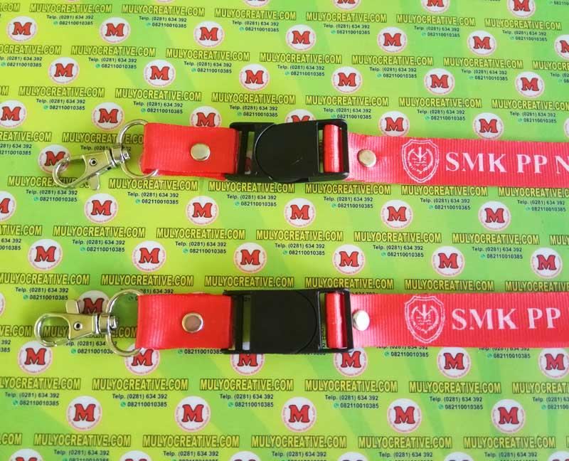 "Contoh Tali Lanyard/ Tali ID Card dengan Logo dan Nama Sekolah (detail) ""SMK Negeri PP Saree Aceh"""